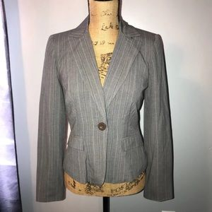 NWT My Michelle Medium fitted Gray stripped blazer
